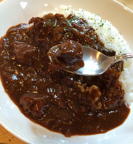 洋食屋さん「YOSHIDA GOHAN(ヨシダゴハン)」の黒ハヤシライス ...