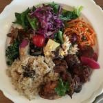 「Shiva Cafe(シヴァカフェ)」で玄米と有機野菜たっぷりの「おばんざいプレート」(吉祥寺ランチ)