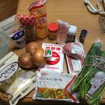 スーパーへ食材や調味料を買い出しに行くもメーカーやサイズ選びに一苦労