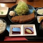「牛カツ東京」で「牛かつ麦めしとろろ定食」をいただきました(吉祥寺ランチ)
