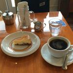 吉祥寺「COFFEE TALK(コーヒートーク)」の自家製ケーキでコーヒーブレイク