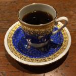 新橋での用事ついでに有名な「カフェ・ド・ランブル」でオールドビーンのコーヒーをいただきました