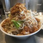 吉祥寺「麺ハチイチ(麺81)」で思いっきりモヤシが山積みの「油そば野菜増し」をいただく