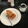「吉祥寺 多奈加亭」であたためたアップルパイをいただきながらコーヒーブレイク