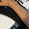 デスクの角から腕を守るアームレスト&リストレスト付きマウスパッド「200-MPD018」使用感レビュー