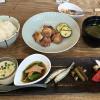 吉祥寺駅公園口すぐ「階段ノ上ノ食堂」の定食は「おかず 5種盛り」が嬉しい
