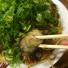 広島といえばお好み焼き?みっちゃん総本店で「ネギかけカキ入りそば肉玉子」