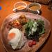 ヨドバシ裏の「ガパオキッチン」で自家製ガパオ&アジアンカレーのランチセットをいただく